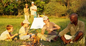 Family-Sundowners-Young-Explorers