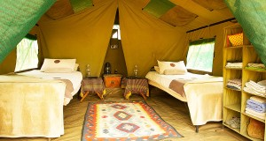 Penduka Safaris luxury safaris Meru tent interior